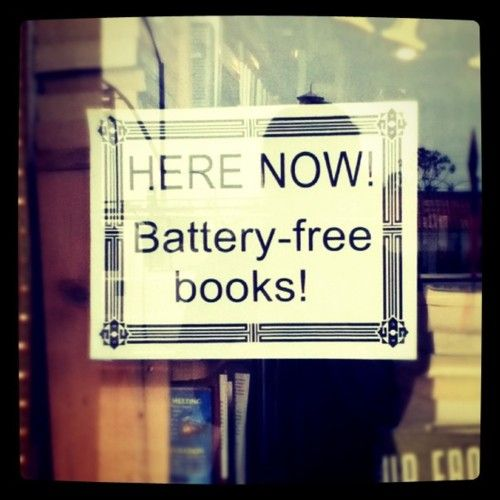<3: Books Ems, Funny Pics, Real Books, Beloved Books, Books Movie Tv, Books Signs, Books Libraries, Funny Bookstores, Books Reading
