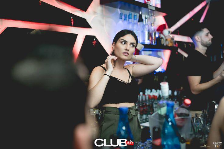 * PARTY 1+1 *    CLUBaki Οι ομορφότερες παρουσίες, είναι στο CLUBaki – τόσο μπροστά, όσο και πίσω από την μπάρα!