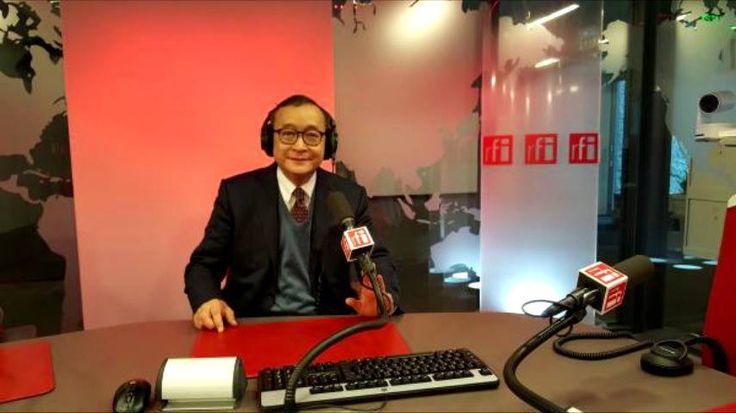 """០២ មករា ២០១៧ / 02 January 2017 - Interview with Radio France International (*)  """"លោក ហ៊ុន សែន កំពុងតែយល់សប្តិថា គាត់អាចបំបែក សម រង្ស៊ី ពី កឹម សុខា ហើយការយល់សប្តិនេះហើយ ដែលនឹងធ្វើឲ្យយុទ្ធសាស្ត្ររបស់គាត់ ទទួលបរាជ័យយ៉ាងអាម៉ាស់""""។ (បទសម្ភាសន៍ជាមួយវិទ្យុបារាំងអន្តរជាតិ ពីទីក្រុងប៉ារីស ថ្ងៃ ០១ ខែមករា ឆ្នាំ ២០១៧)។ (*) """"Hun Sen is just dreaming when he thinks he can split Sam Rainsy from Kem Sokha. This delusion will lead to the resounding failure of his strategy."""" (My interview with RFI from Paris…"""