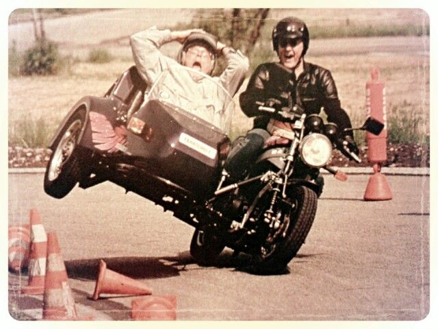 Side-Car Ural Never Die ! - Motosecours |Funny Motorcycle With Sidecar