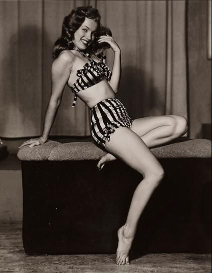 Brunette Norma Jeane (Marilyn Moroe) 1948