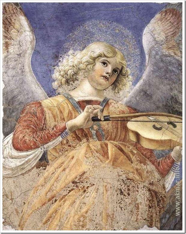 Ангел, играющий на скрипке. между 1480-1484. Пинакотека Ватикана. Ватикан