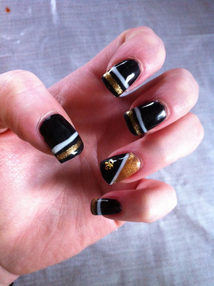 My New Orleans Saints nails!!