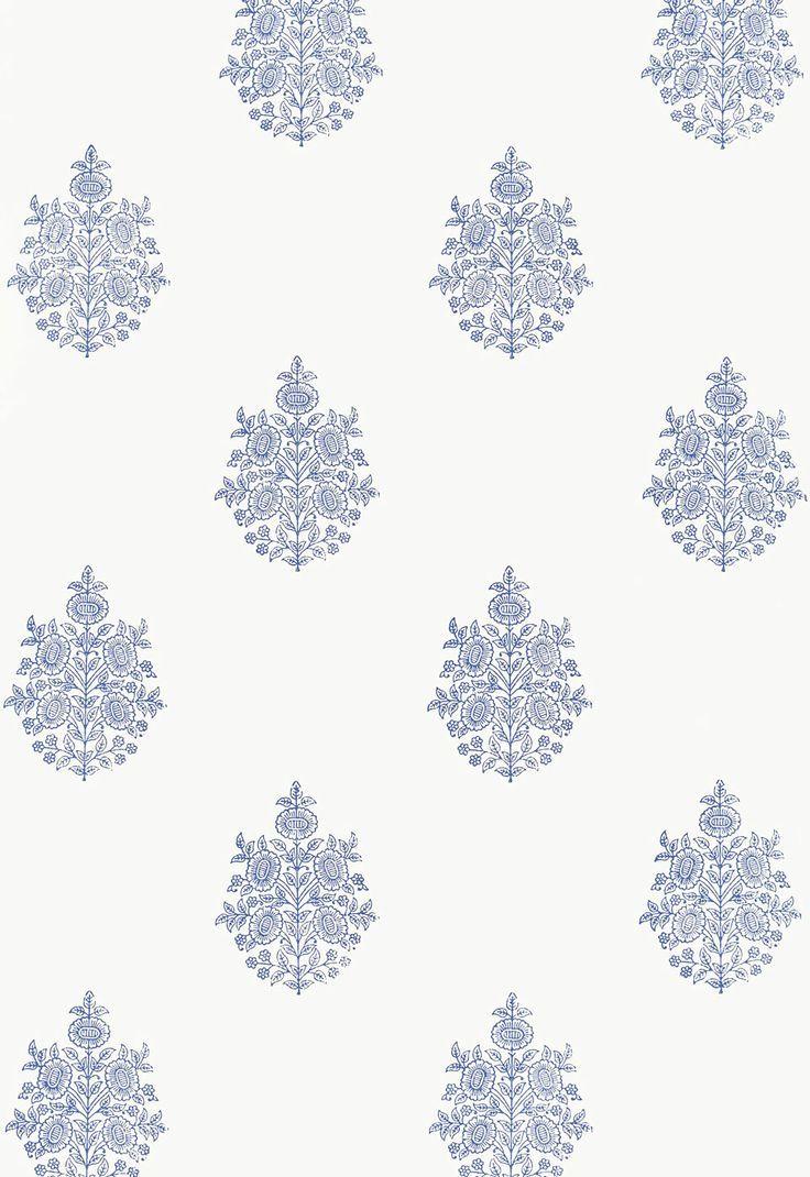 青と白の花のメダリオン