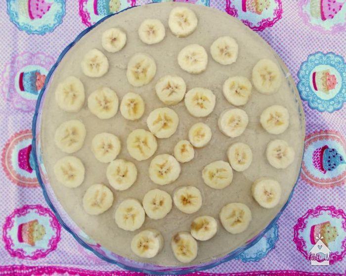 Nyers kesukrémes banántorta