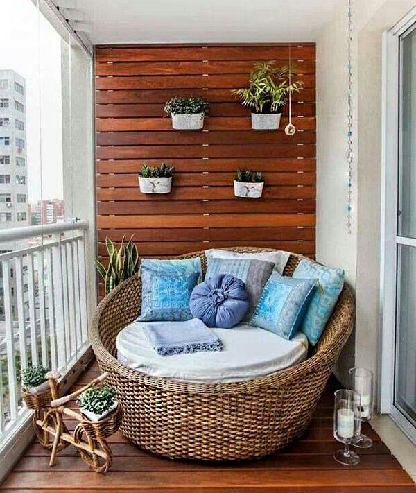 Wood slats inside to hang planters?
