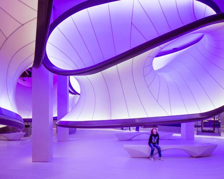 Por dentro da Galeria da Matemática do Museu de Ciência de Londres projetada por Zaha Hadid Architects