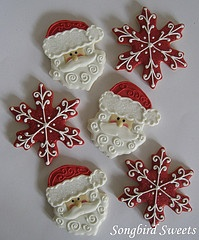 Wish I could decorate cookies like this!