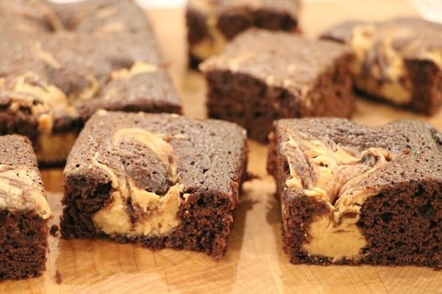 Mennonite Girls Can Cook: Chocolate Peanut Butter Brownies (Low-Sugar)