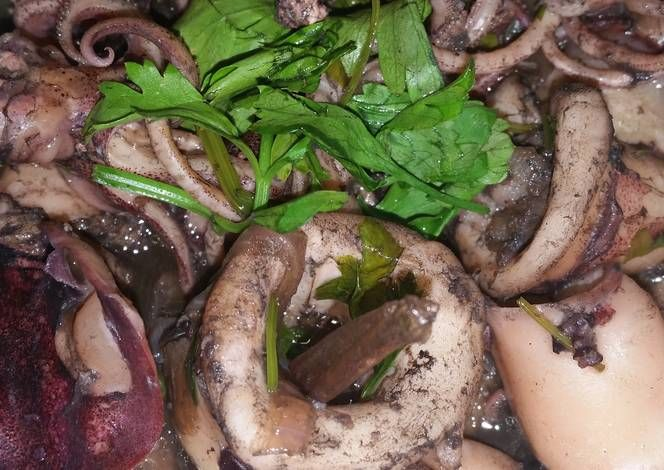 Adobong Pusit Recipe -  How are you today? How about making Adobong Pusit?