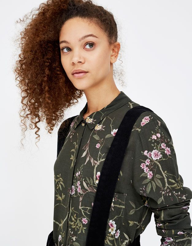 Floral shirt - Blouses & shirts - Clothing - Woman - PULL&BEAR United Kingdom