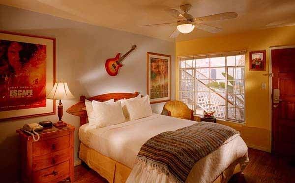 surf board bed head