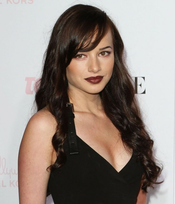 Ashley Rickards even though the lips are a little much for me she's still ready to hit the town. Even the young ingenue who has played in such hits as One Tree Hill and Entourage all before her breakout role as Jenna in Awkward on MTV