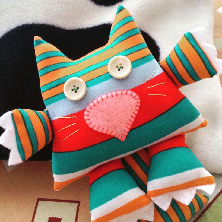 Un regalo único y especial Envíos a toda Colombia $20.000 + envío www.feliz.com.co