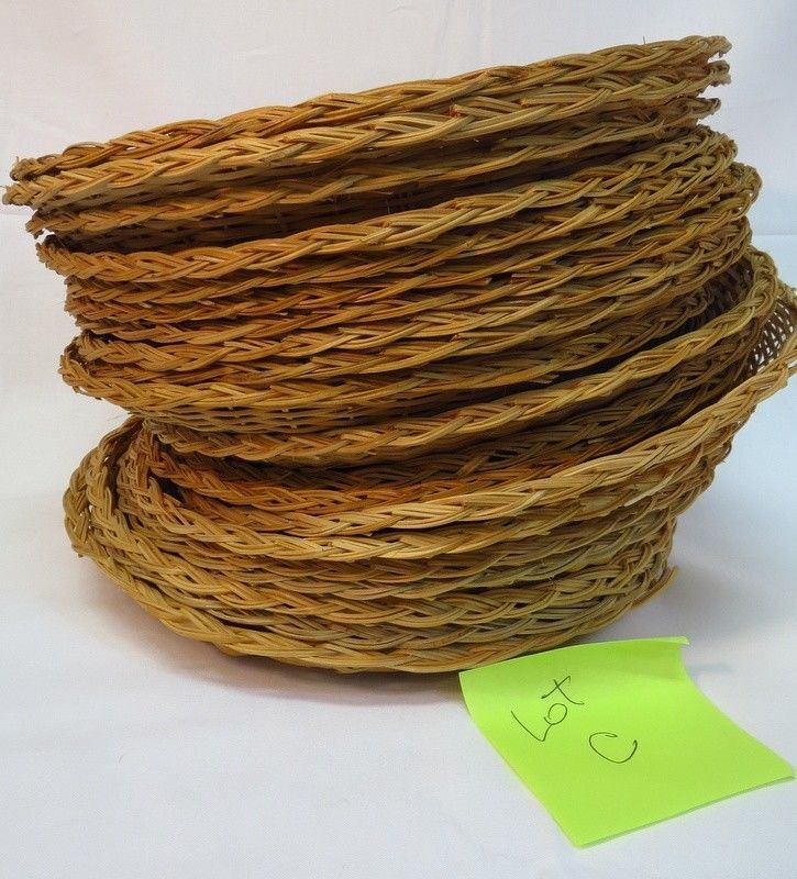 wicker paper plate holders This set of four natural wicker rattan woven paper plate holders can make a plain  paper plate much more attractive.