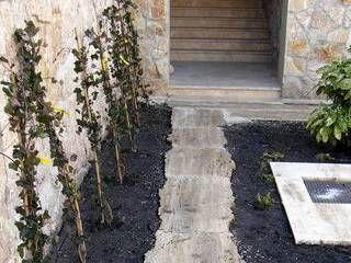 Travertin Budakalászi mészkő kerti tipegő, kert, szabálytalan lap, falburkolat