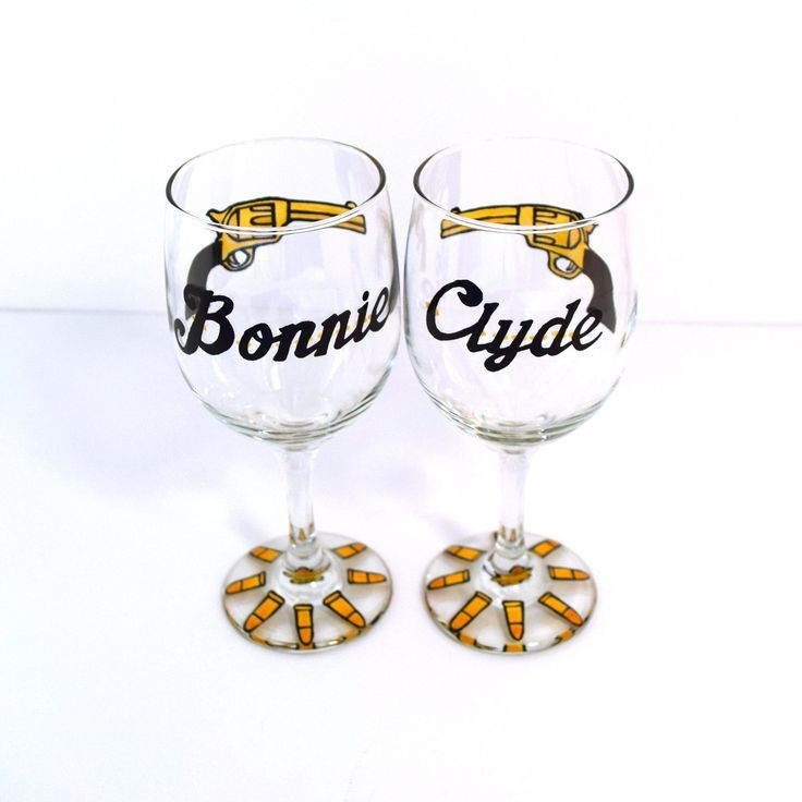Bonnie and Clyde Wine Glasses, His and Her Wine Glass, Valentines Day Gift. This sexy Bonnie and Clyde wine glass set features a golden pistol and bullet design. These are the perfect his and her anniversary gift and can even be customized with your anniversary date. Not only do these make great gifts for couples but they also are a must have for any Bonnie and Clyde costume. These will be the highlight of your party and a sure conversation piece.