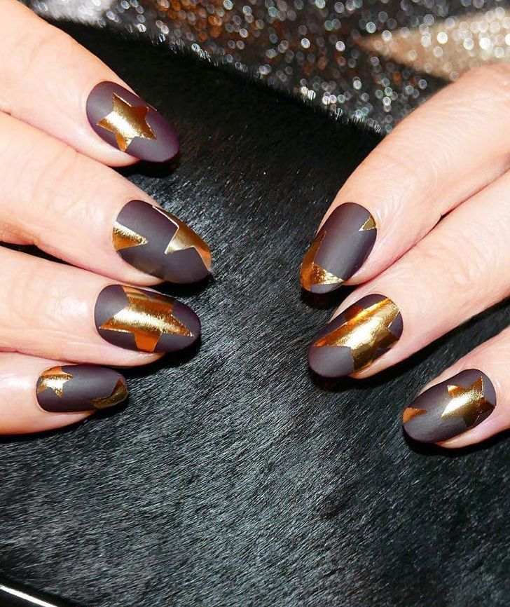 10 Insanely Cool Matte Nail Designs to Impress Your Friends With