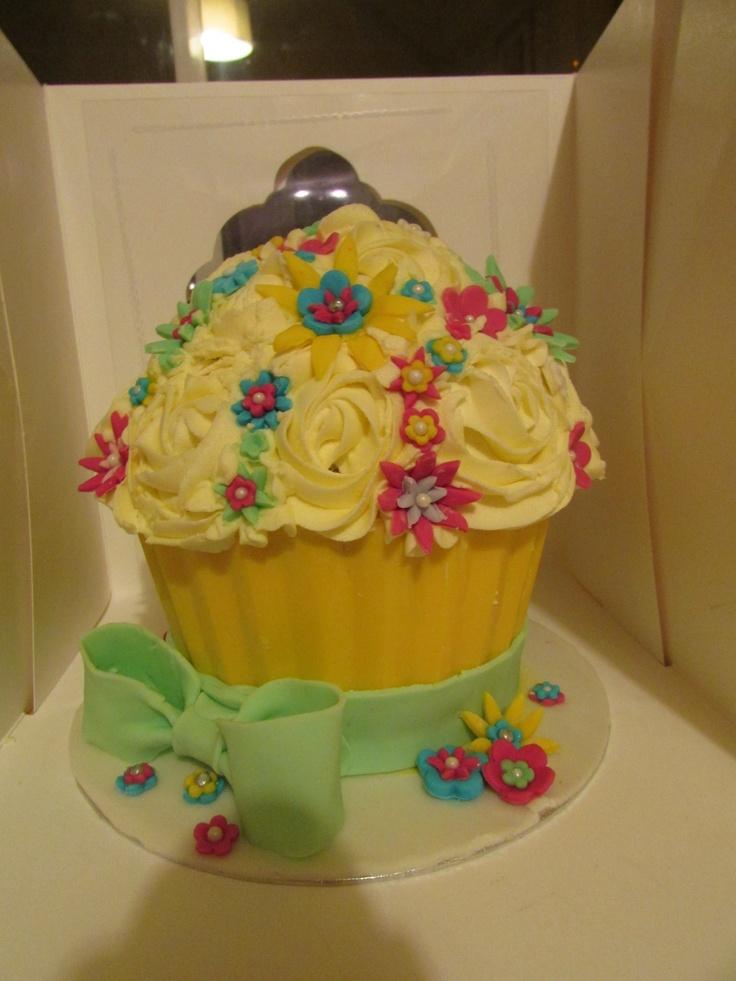Flowery giant cupcake