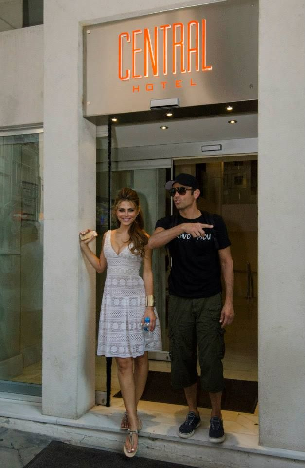 Maria Menounos @Central Athens Hotel (4 photos)  Maria Menounos visited Central Athens Hotel to rest and freshen up during her photoshooting session in Plaka.