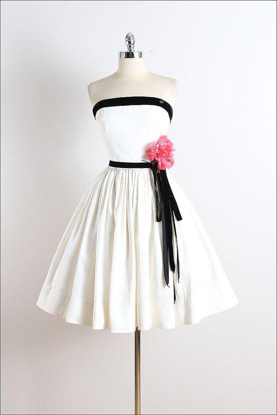 Vintage 50s Dress vintage 1950s dress by millstreetvintage