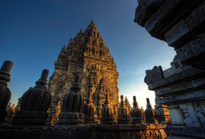 If you have a lot of time to explore Yogyakarta you'll enjoy our 4 day 3 night Yogyakarta Tour. During the tour you'll see two sunrises; one time from the top of hike Mount Merapi and t…