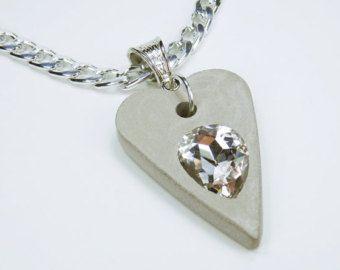 HALSKETTING hart met clear - wit Strass steen beton op een zilveren ketting sieraden concrete jewelry Valentijnsdag