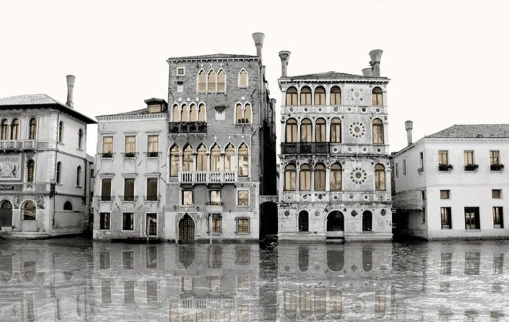 Palazzi in Venice.  Limited edition (50 pieces), Mixed Media photography. Printed on Fine Art Paper 42 x 60 (Paper size).  Signed by Fabio Bressanello
