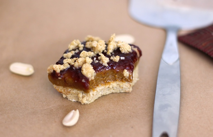 peanut butter + jam shortbread bars: Jelly Sandwiches, Peanuts, Peanut Butter Jelly, Jam Shortbread, Jelly Shortbread Bar, Shortbread Bars, Gluten Free, Healthy Peanut Butter