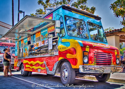 127 best creative vehicle graphics images on pinterest for Food truck design software