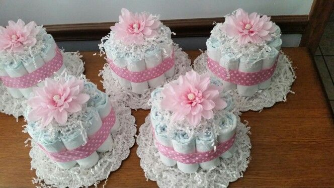 Small diaper cakes for baby girl shower (Diaper Cake)