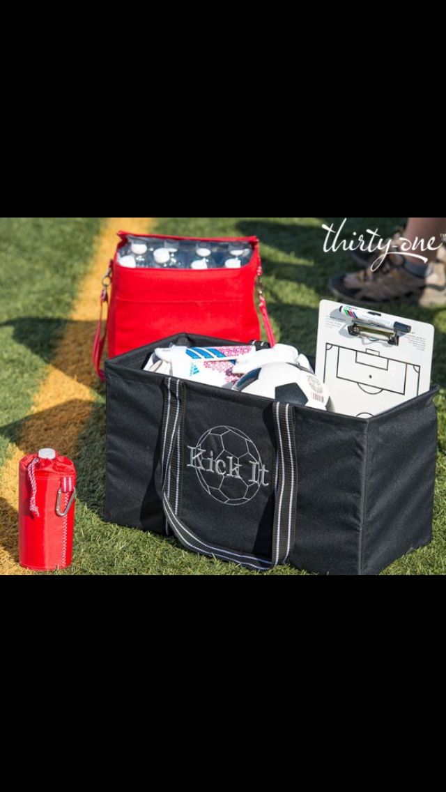 Clipboard?  Check.  Cleats?  Check.  Water bottles?  Double check!  Haul it all to the field this fall with a Large Utility Tote and Picnic Thermal Combo!  Available in 9 Spirit colors!  www.mythirtyone.com/smercado