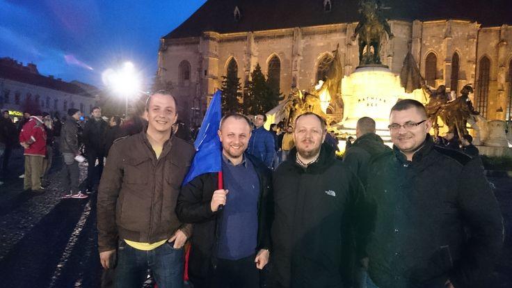 Împreună cu Radu Mureșan, Adrian Papahagi și Nicu Ostopovici, după mitingul împotriva imunităților parlamentare