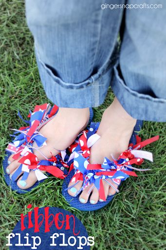 Ginger Snap Crafts: July 4th Ribbon Flip Flops {tutorial}