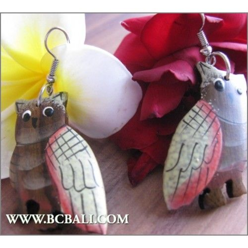 Balinese Wood Carved Earring Owl Painting - fashion earring owl wood carving painting, handmade earrings wooden carving owl coloring, jewellerry fashion wooden from bali indoneisa, online shop accessories fashion from bali indonesia, wholesaler wooden jewellerry from bali indonesia, indonesia manuf