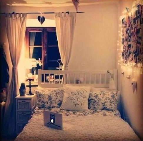 Cute small bedroom dorm ideas pinterest neutral bedrooms photo walls and tumblr room - Cute bedroom ...