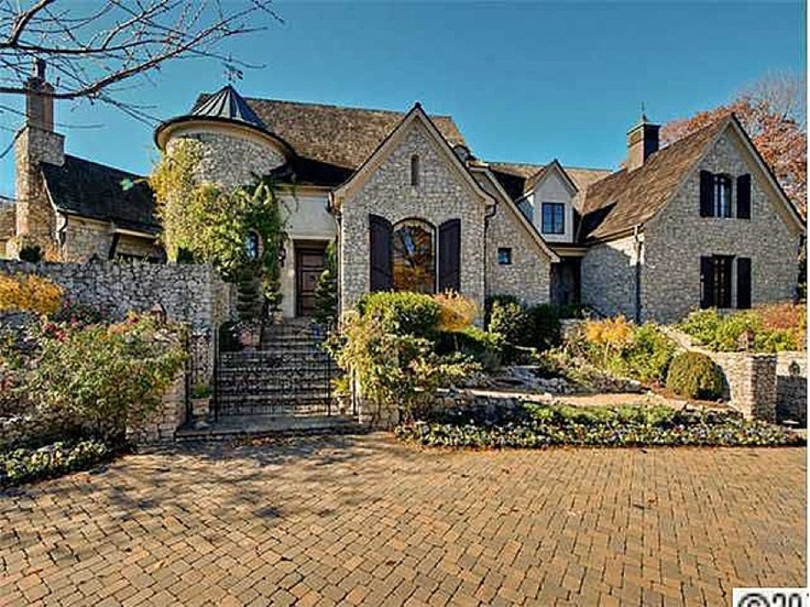 french country home love the brick drive