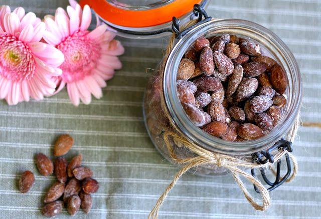 mandler, saltmandler, salt mandler, almonds, salt almonds, salty almonds