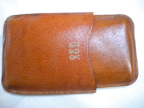 VALENTINES CIGAR HOLDER Genuine Pigskin leather https://www.etsy.com/listing/221151017/valentines-cigar-holder-genuine-pigskin