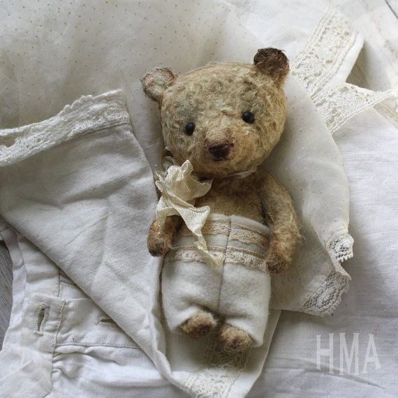 Miniature Vintage style Hug Me Again collectible by VivianneGalli, $189.00