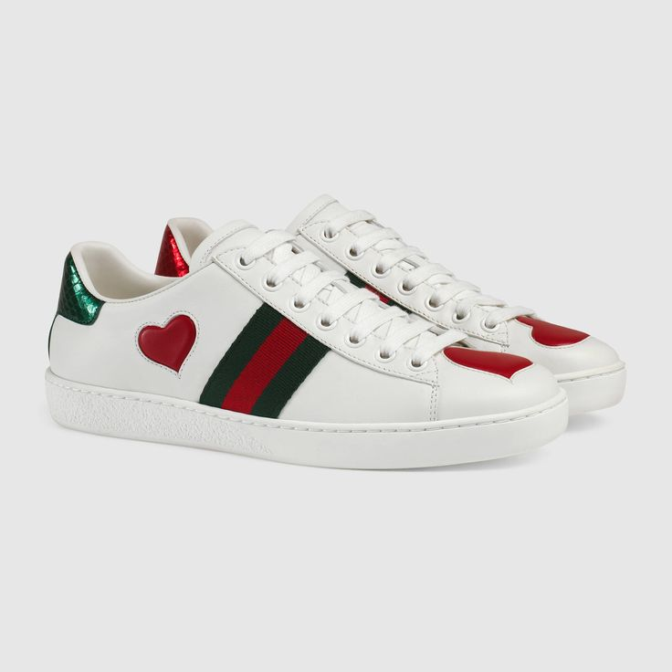 Gucci Damen - Low-Top-Sneaker Ace mit Stickerei - 435638A38M09074