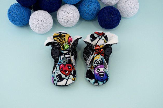 Ciepłe kapcie z antypoślizgową podeszwą Komiks - TupTupki - Buty dla dzieci