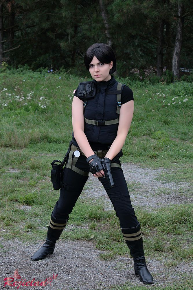 Ada Wong Resident Evil / Biohazard 4 Assignment cosplay V by Rejiclad