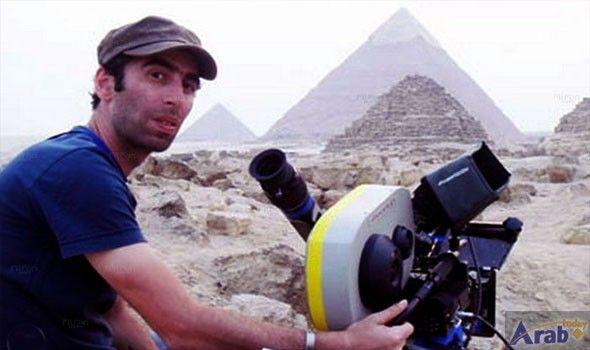 Saeed Al Marouk getting ready for Melhem Zein video clip