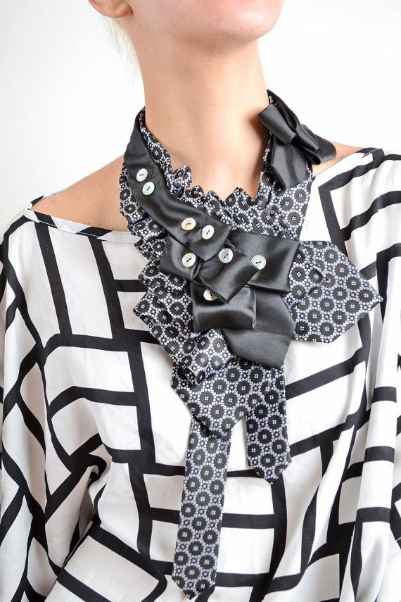 Amber Sisters necktie knot one of a kind by AmberSistersdesign, €45.00