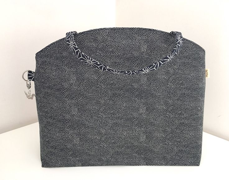 Large Tote Bag, Project Bag, Knitting Bag, Sweater Bag, Navy with dots Bag by MoAndMi on Etsy https://www.etsy.com/au/listing/530148998/large-tote-bag-project-bag-knitting-bag