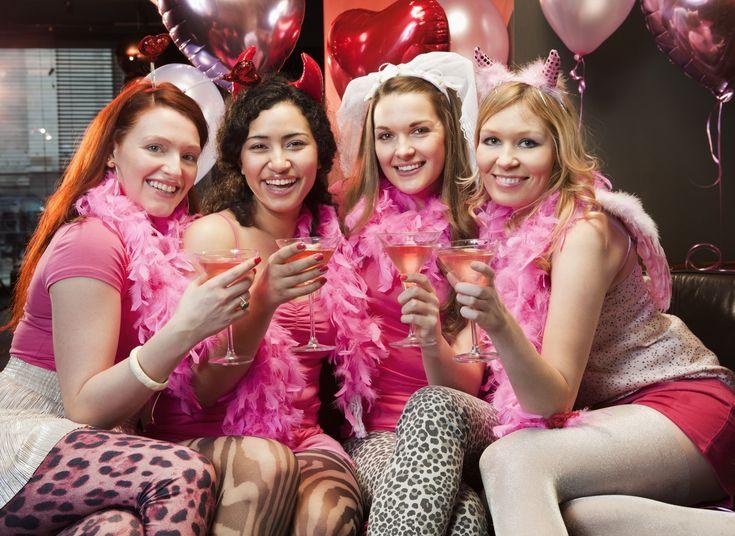 Ajándékötletek lánybúcsúra - Lánybúcsúra vagy hivatalos és nem tudod milyen ajándékot vásárolj az arának? Mi segítünk ebben és adunk néhány fantasztikus tippet!