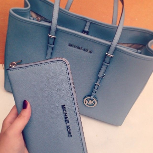 My Dream Bag! michael kors tote! $39.99 , I'm gonna love this site! #Michael #kors #Bags