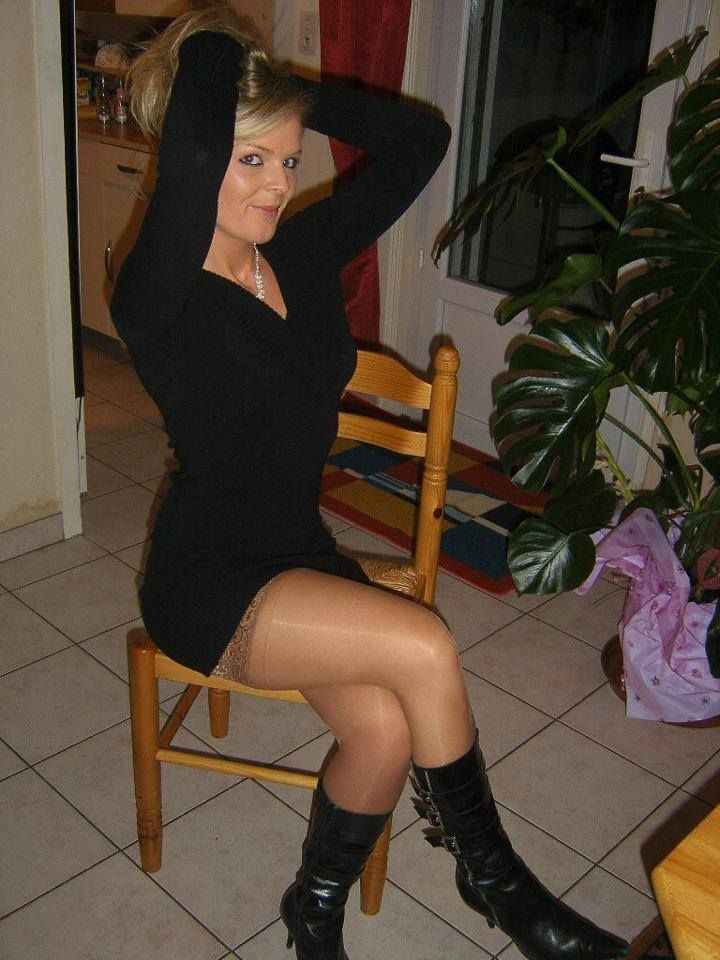 Mature inshort skirt and stockings