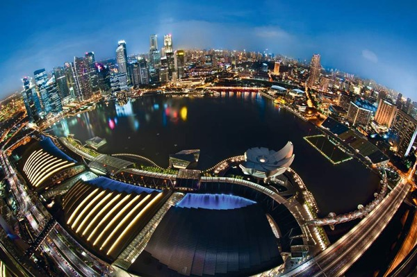 Planet Singapore - © Daniel Cheong